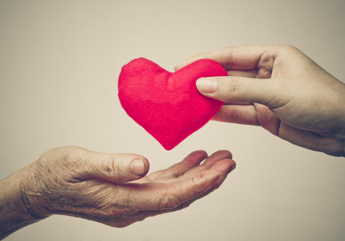 giving-love-to-the-elderly_1200px